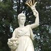 Dea dell'abbondanza, Mitologia greca